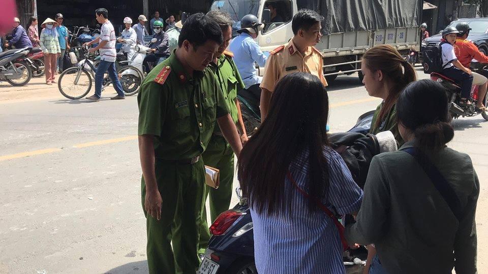 Tránh xe ba gác chạy ẩu, cô gái trẻ bị xe tải tông tử vong ở Sài Gòn - Ảnh 2.