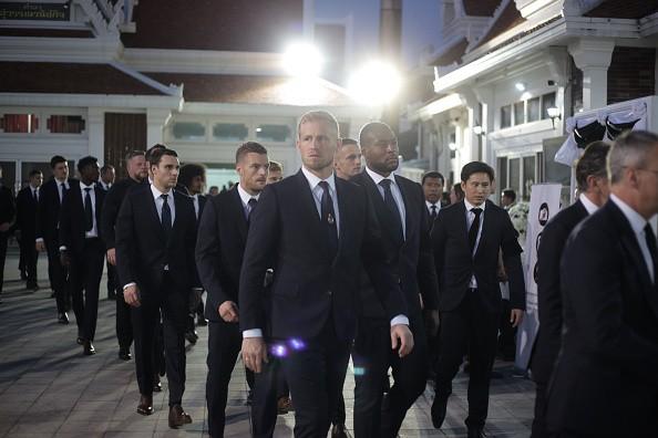 Ban lãnh đạo và cầu thủ Leicester sang Thái Lan viếng cố Chủ tịch Vichai - Ảnh 4.