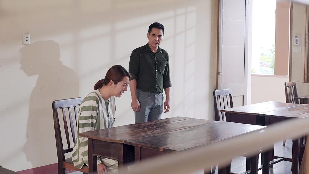 Gạo Nếp Gạo Tẻ: Thương con nhu nhược, gia đình bà Mai buộc phải ra đường vì tội lỗi mà Hân gây ra - Ảnh 4.