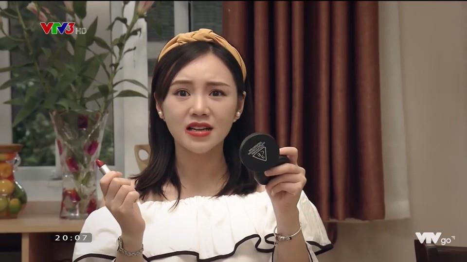"""Quỳnh Kool chán làm gái quê hóa hot girl trong """"Mẹ Ơi, Bố Đâu Rồi"""" - Ảnh 4."""