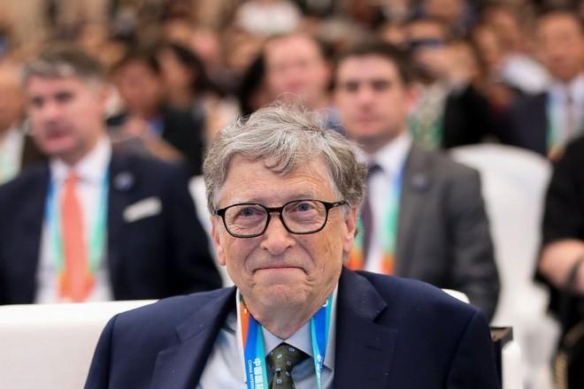 Phát minh lại bồn cầu với công nghệ phân hủy mới, tỷ phú Bill Gates sẽ tiết kiệm cho thế giới 233 tỷ USD - Ảnh 1.