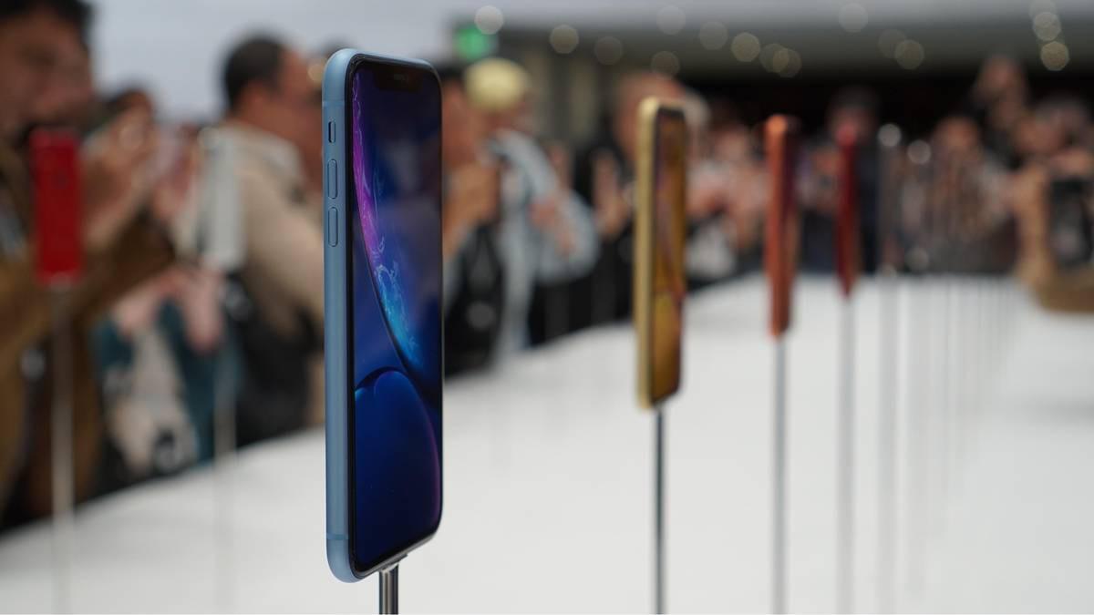 iPhone XR thừa hưởng di sản từ người anh 5C: Ế chổng vó vì dân ta không thích iPhone giá rẻ đâu nhé! - Ảnh 3.