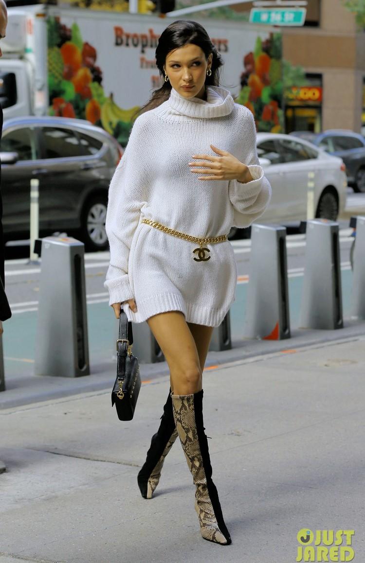 Street style chơi nhất tuần qua: Mới tháng 11 mà đã có 2 nàng kịp diện áo rét siêu nổi - Ảnh 19.