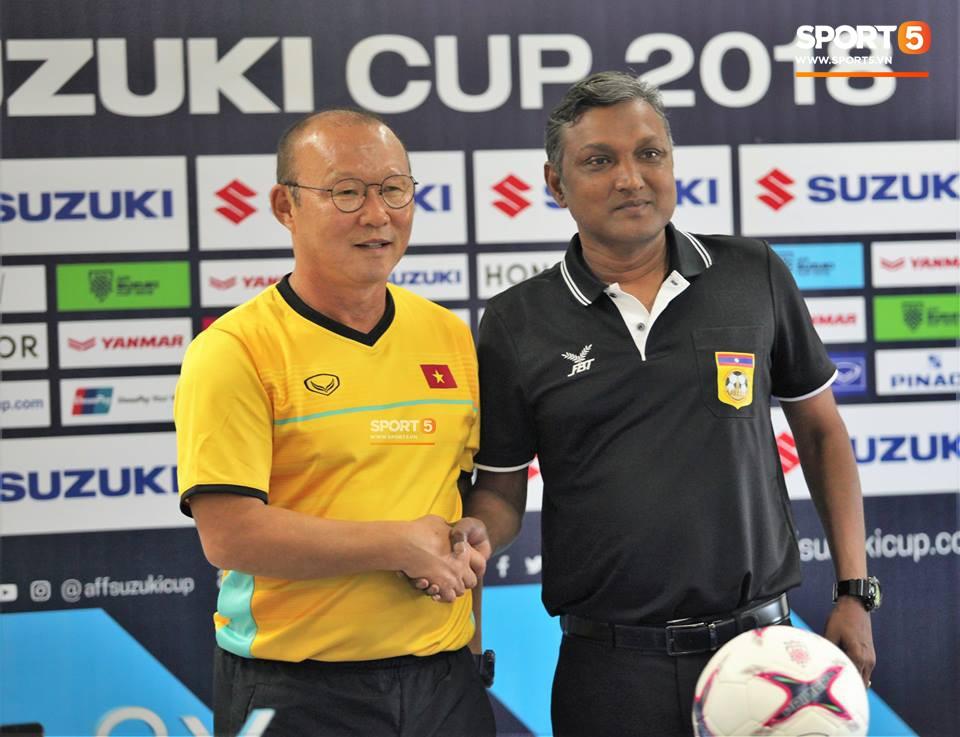 HLV Park Hang-seo: Tuyển Lào không dễ chơi, nhưng Việt Nam đã sẵn sàng để chiến thắng - Ảnh 1.