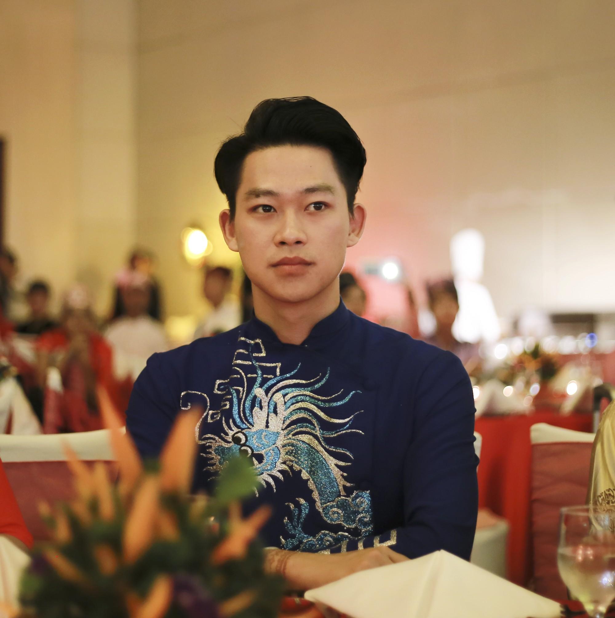 Cậu bạn Hà Nội đẹp trai, giành học bổng du học 5 nước, là thủ khoa đầu vào và tốt nghiệp ĐH với số điểm cao nhất - Ảnh 8.