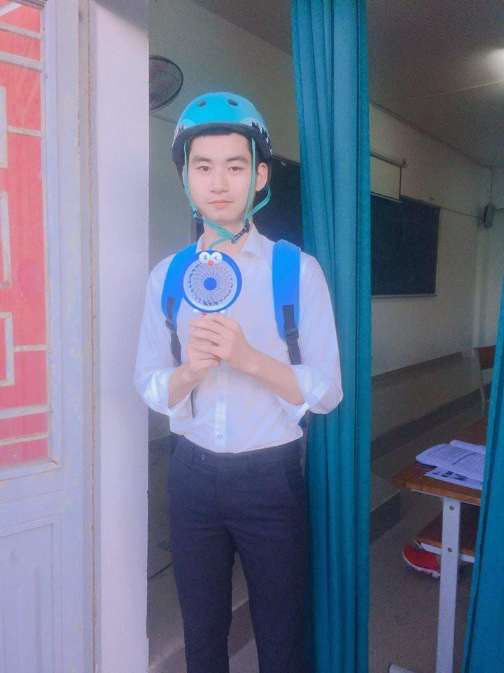 Nhan sắc thật của nam sinh Đà Nẵng có màn giả gái chiếm sóng MXH vì quá xinh - Ảnh 4.