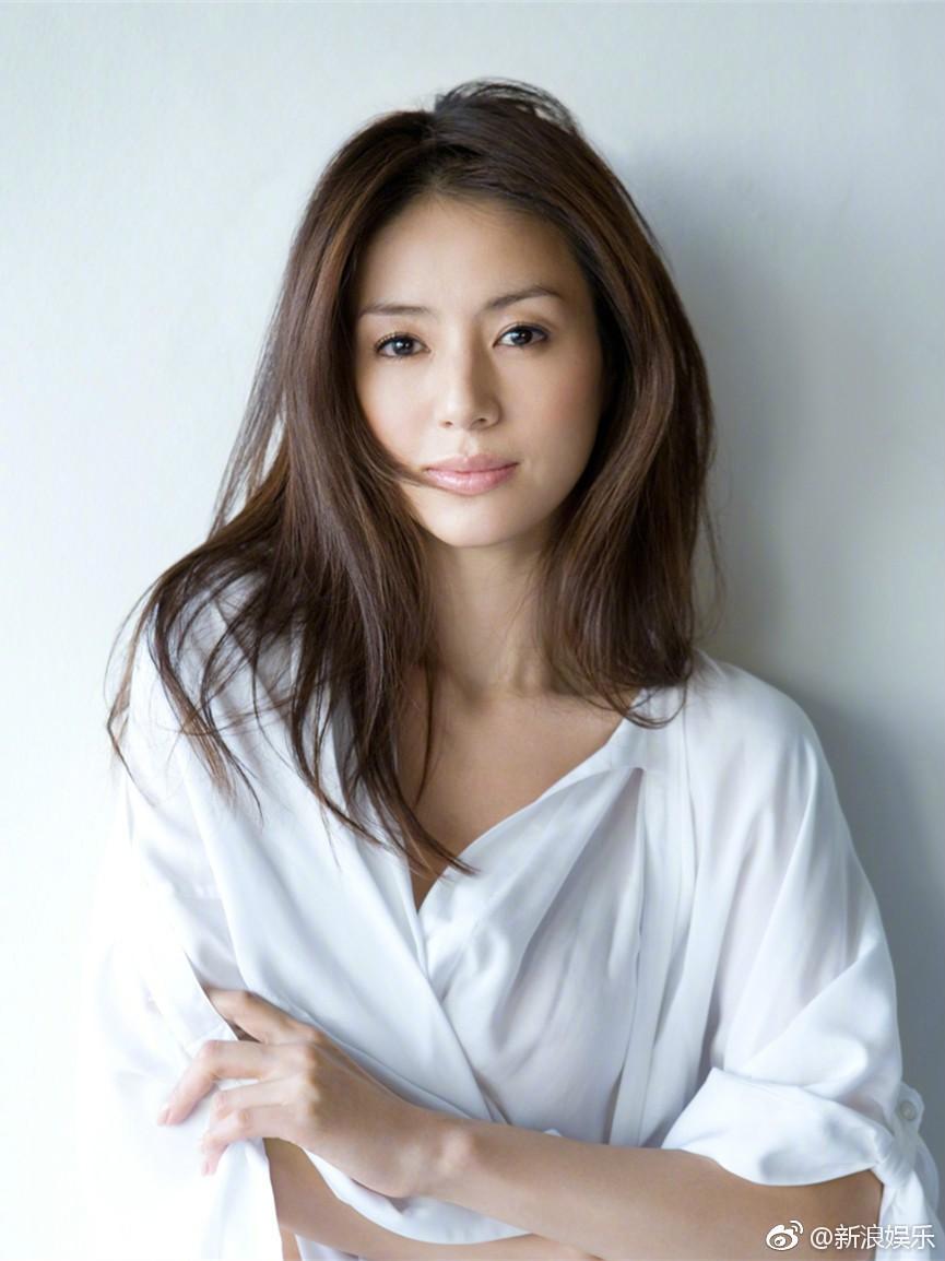 Top 10 người đẹp sở hữu nhan sắc được khao khát tại Nhật Bản: Mỹ nhân đẹp nhất mọi thời đại chỉ đứng ở vị trí thứ 2 - Ảnh 4.