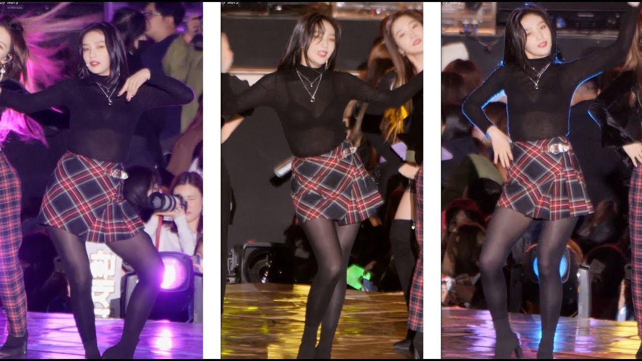 """Để Joy mặc áo xuyên thấu lộ nội y, stylist của Red Velvet lại ăn """"gạch đá"""" từ fan - Ảnh 2."""