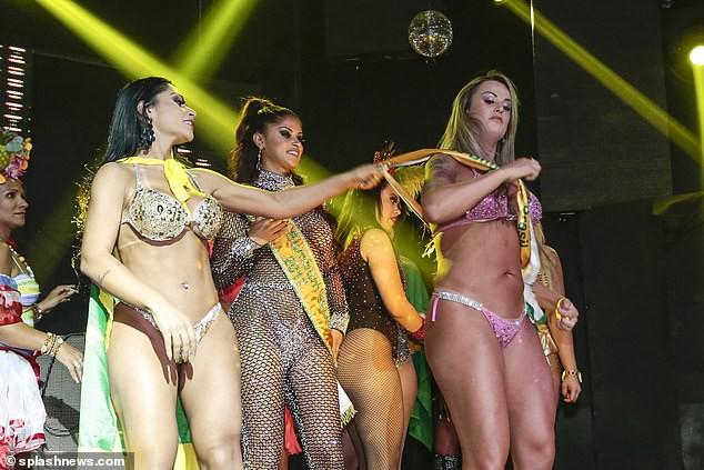 Thí sinh thi Hoa hậu Mông đẹp Brazil cướp giải của người thắng cuộc ở đêm chung kết - Ảnh 3.