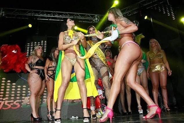 Thí sinh thi Hoa hậu Mông đẹp Brazil cướp giải của người thắng cuộc ở đêm chung kết - Ảnh 4.