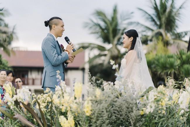 Bí mật của chiếc váy cưới và khoảnh khắc first look hạnh phúc ở đám cưới chất phát ngất do cô dâu tự tay trồng - Ảnh 10.