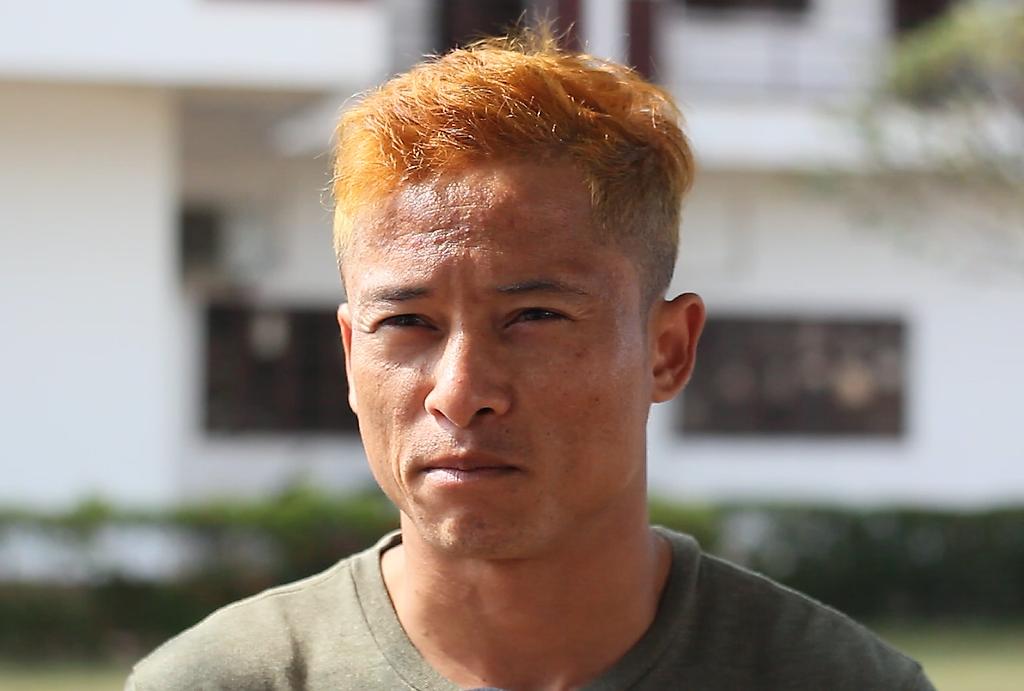 Messi Lào gửi lời chào bằng tiếng Việt, chia sẻ sở thích ăn phở và phiêu theo giai điệu Nếu là anh - Ảnh 2.