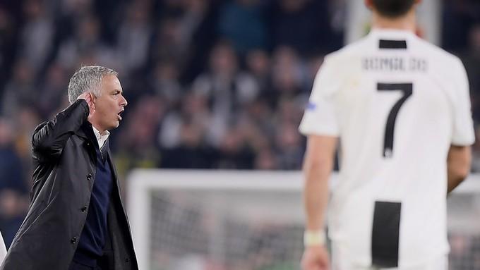 Gáy to nữa đi nào - Màn trêu ngươi của Mourinho khiến cầu thủ Juventus điên tiết - Ảnh 4.
