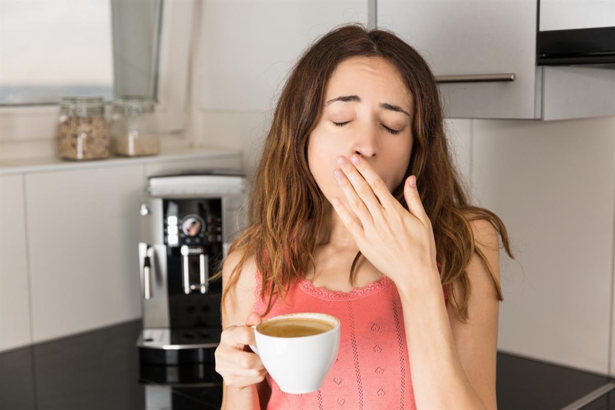 Thận ngày càng suy yếu nếu bạn cứ duy trì những thói quen xấu này vào buổi tối - Ảnh 2.