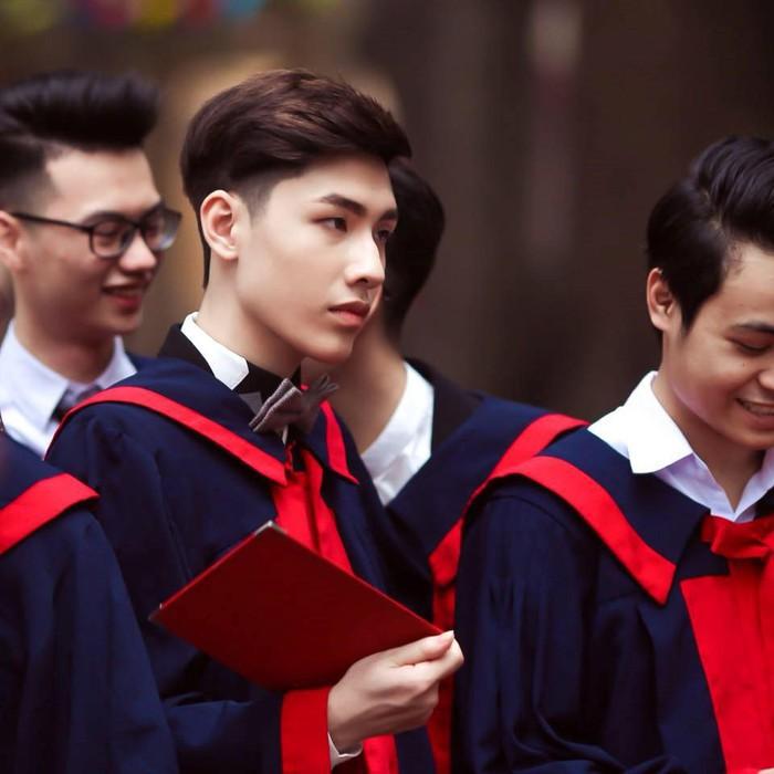 Ngôi trường 45 năm tuổi hot bậc nhất Hà thành: Sở hữu dàn hot boy, hot girl nổi tiếng, cựu học sinh là nhân vật tầm cỡ, sao showbiz - Ảnh 14.