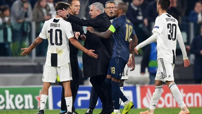 Gáy to nữa đi nào - Màn trêu ngươi của Mourinho khiến cầu thủ Juventus điên tiết - Ảnh 10.