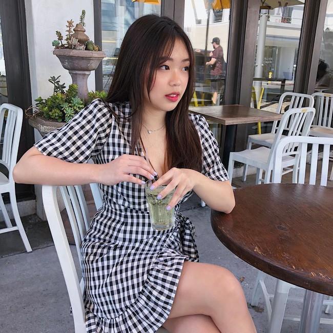 Con gái sinh năm 2000 của Hoa hậu Thu Hoài: Ở Việt Nam thì mũm mĩm, sang Mỹ lại lột xác bất ngờ! - Ảnh 7.