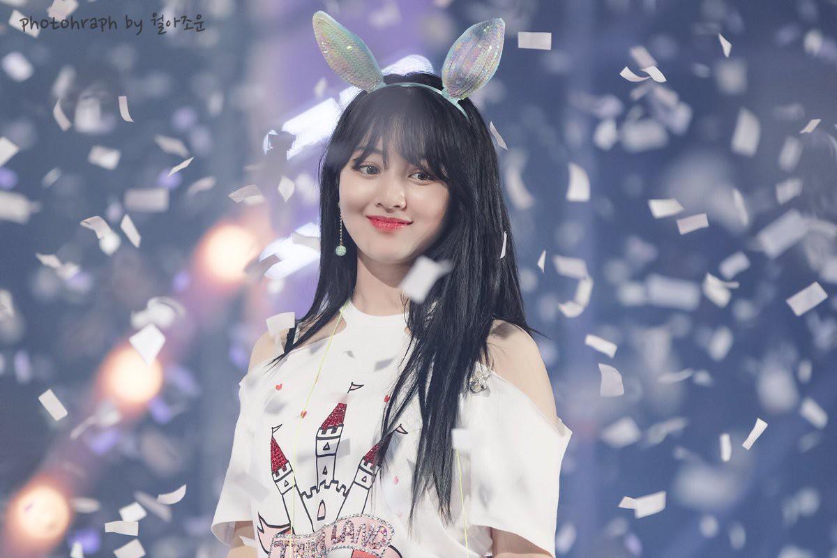 Sao Kpop với người bạn pháo giấy trên sân khấu: Người đẹp xuất thần, kẻ thất thần khiến fan không nhịn nổi cười - Ảnh 7.