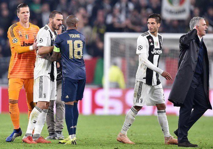 Gáy to nữa đi nào - Màn trêu ngươi của Mourinho khiến cầu thủ Juventus điên tiết - Ảnh 9.