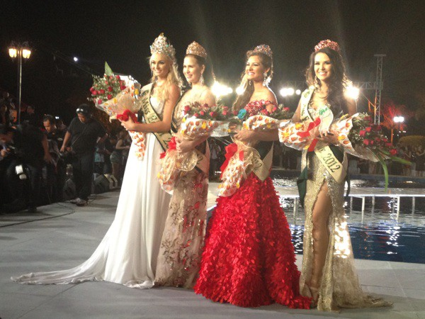Miss Earth: Candidates degraded, organized pool, scandal - Photo 16.