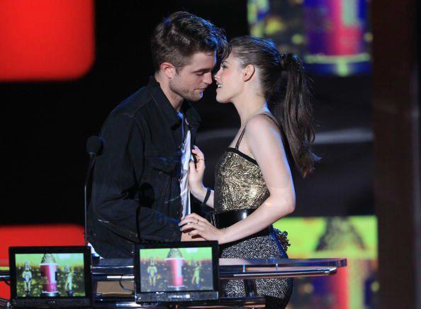 5 năm sau chia tay, Kristen Stewart vẫn luôn nhớ Robert và ân hận vì đã phản bội bạn trai cũ - Ảnh 4.