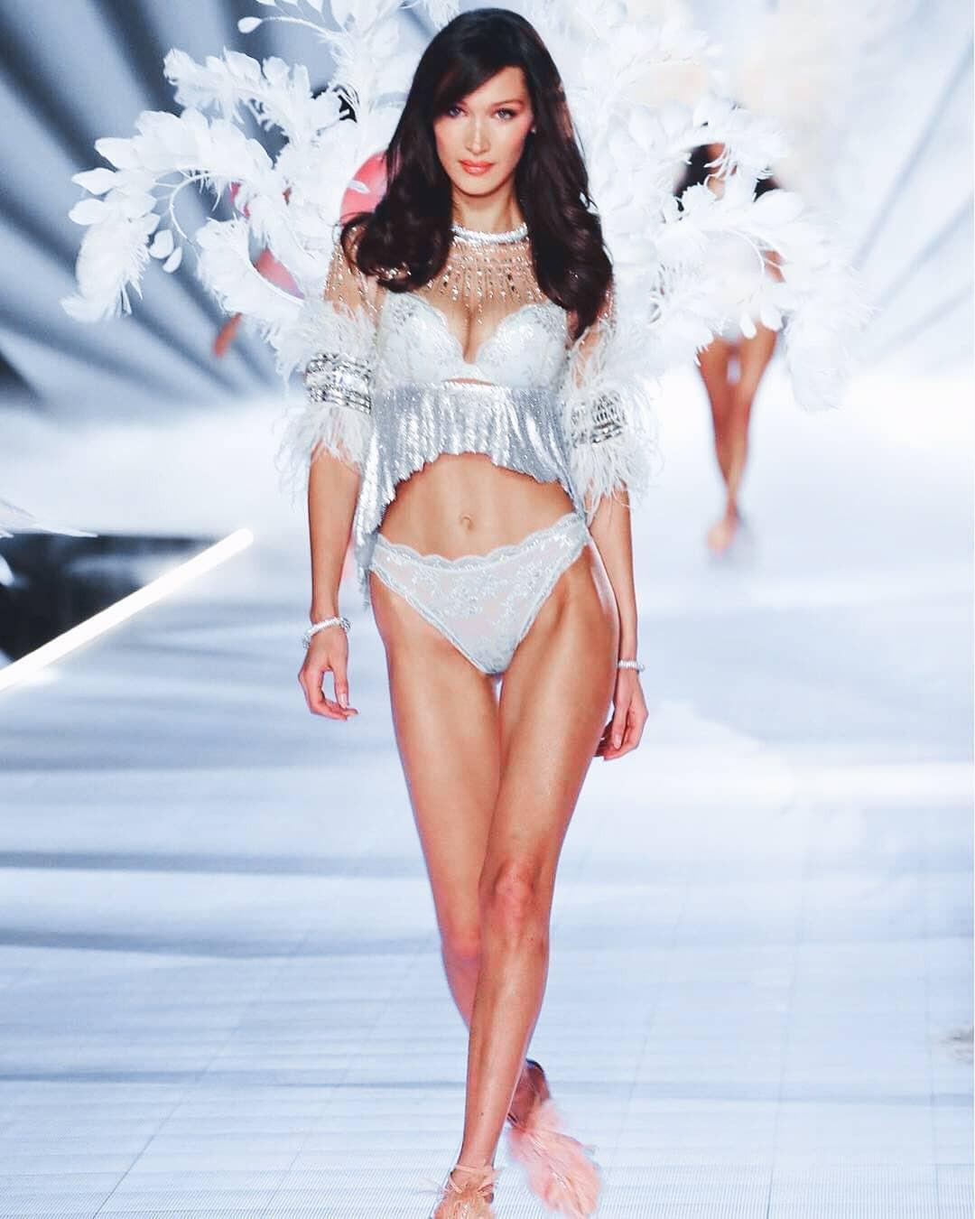 Khoảnh khắc các Instagirl hội tụ tại Victorias Secret 2018: Khi những nút like MXH cũng tạo ra được thế hệ thiên thần nội y mới - Ảnh 5.