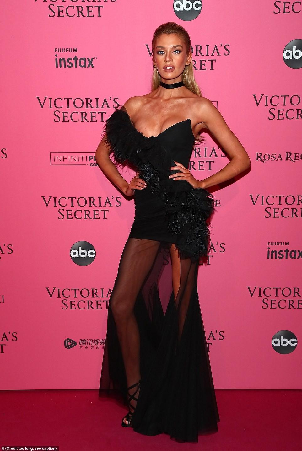 Thảm đỏ hậu show Victorias Secret: Dù không đẹp nhất, Bella Hadid vẫn nổi nhất dàn sao vì... lộ hết vòng 1 - Ảnh 8.