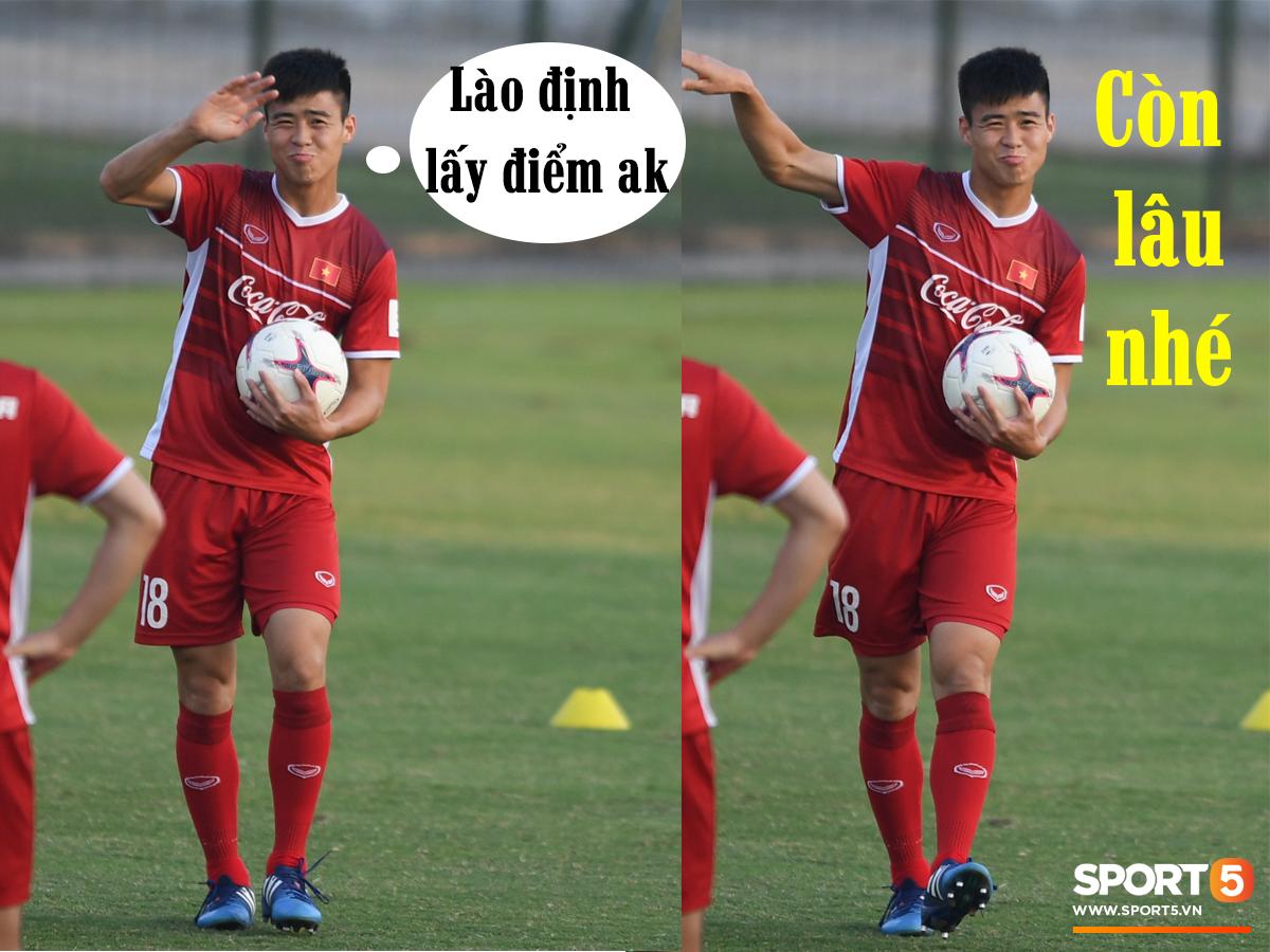 Ảnh chế AFF Cup: Dép tổ ong Việt Nam hơn đứt Tông Lào - Ảnh 8.