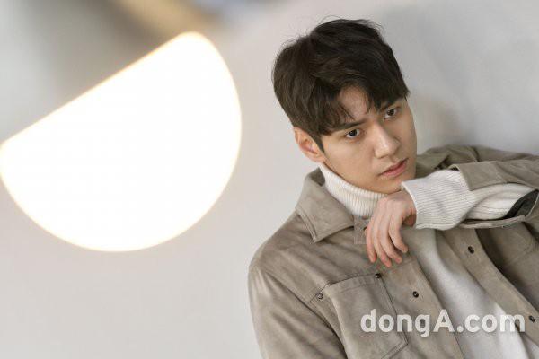 Phát sốt với chàng em út vừa cute vừa sexy trong Dae Jang Geum thế hệ mới: Múi bụng mới thật sự là cực phẩm - Ảnh 5.