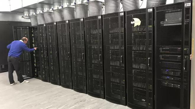 Siêu máy tính cải tiến sau 10 năm: 1 triệu lõi xử lý mà chỉ mạnh bằng 1% sức mạnh não người - Ảnh 1.