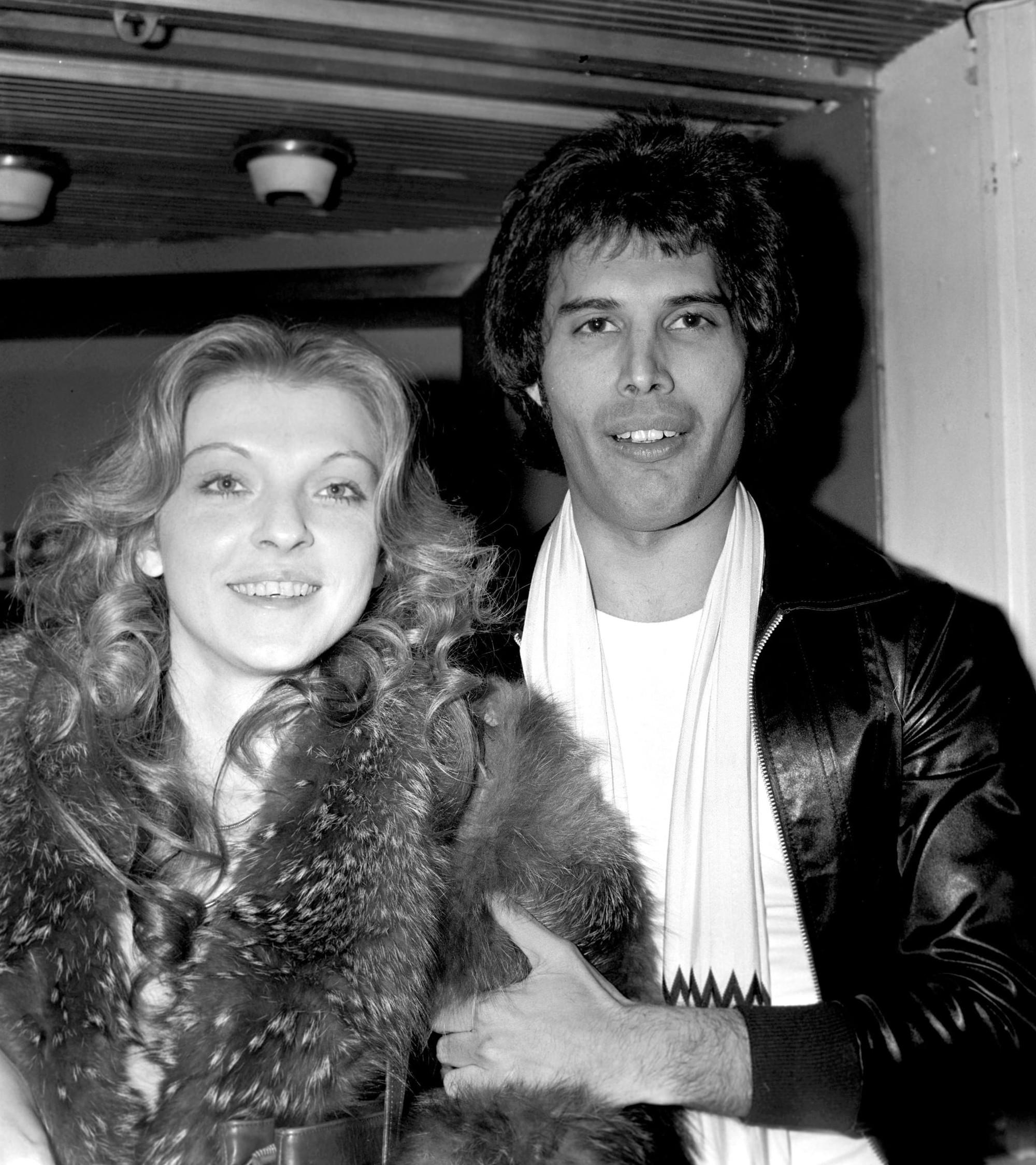 Câu chuyện về huyền thoại Freddie Mercury cùng người phụ nữ duy nhất mà ông yêu trong suốt cuộc đời - Ảnh 3.