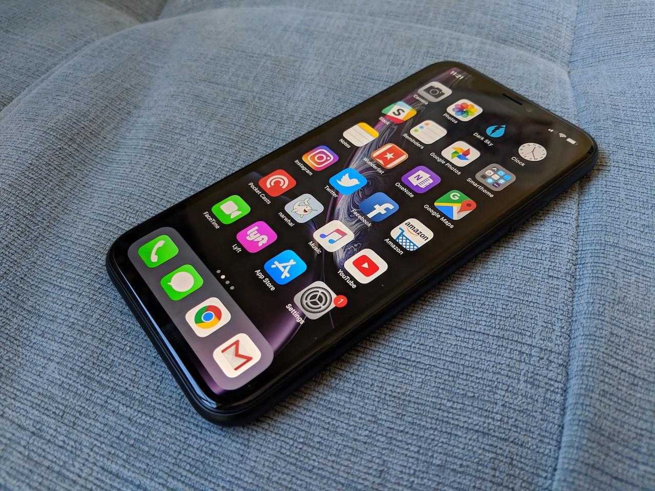 Không phải do ế, hóa ra Apple ghẻ lạnh với iPhone XR do lỗi sản xuất? - Ảnh 1.