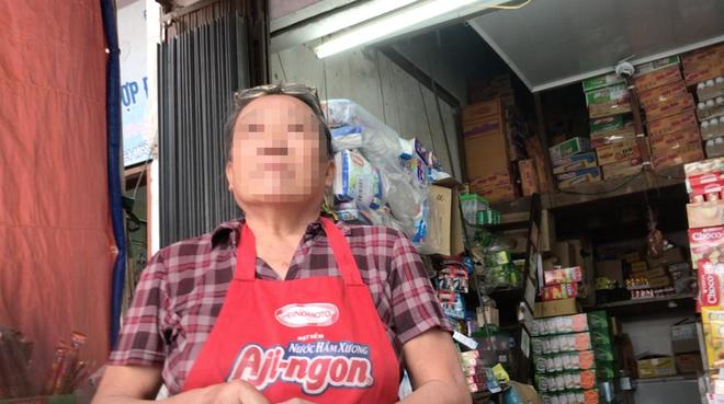 Vụ người đi xe máy chặt tay tài xế ô tô: Bất ngờ với lời kể của nhân chứng - Ảnh 2.