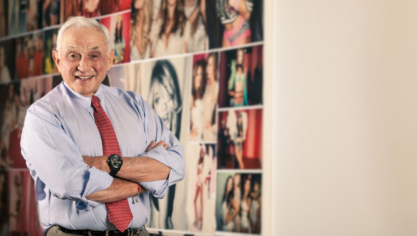 Câu chuyện của Victorias Secret: từ điều khó nói trở thành một biểu tượng, và cái chết bi thảm của người sáng lập - Ảnh 5.