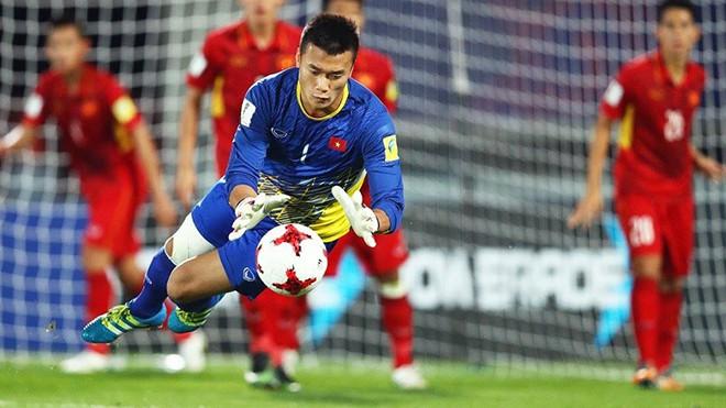 Thủ thành U23 Việt Nam cản phá penalty cực đỉnh - Ảnh 3.