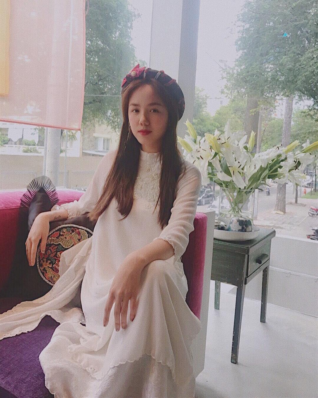Năm 2017, nhờ phim Việt mà áo dài lên ngôi, được giới trẻ diện nhiều không thua kém các hot trend thời thượng - Ảnh 13.