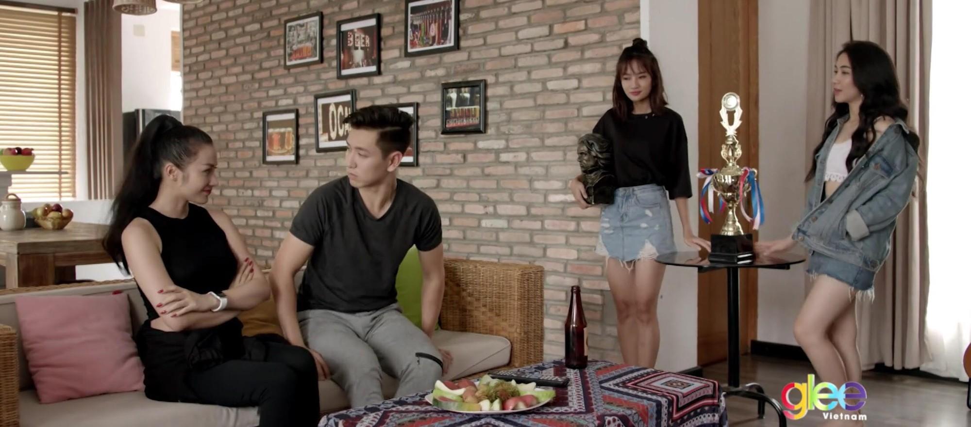 Glee Việt tập áp cuối: Để ủng hộ tinh thần Angela, toàn bộ nữ sinh của Glee đồng loạt mang bầu! - Ảnh 12.