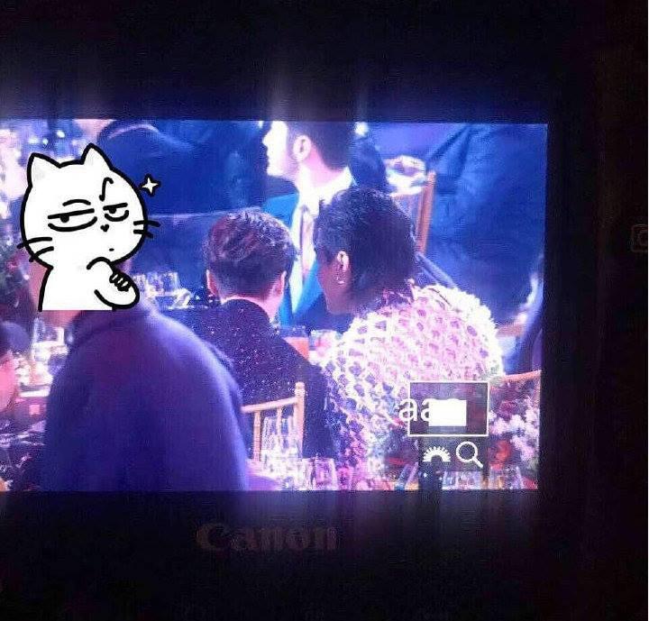 Khoảnh khắc hot: Hai cựu thành viên EXO Ngô Diệc Phàm - Luhan tám rôm rả, ngồi cạnh nhau tại sự kiện iQiYi - Ảnh 5.