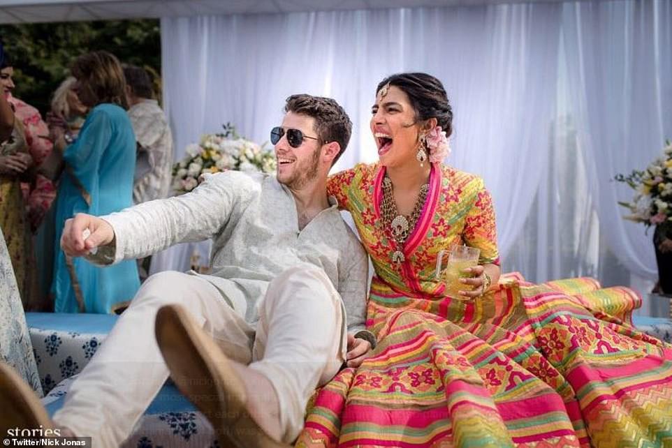 Những hình ảnh đầu tiên trong đám cưới thế kỷ diễn ra suốt 3 ngày của Nick Jonas và Hoa hậu Thế giới - Ảnh 2.