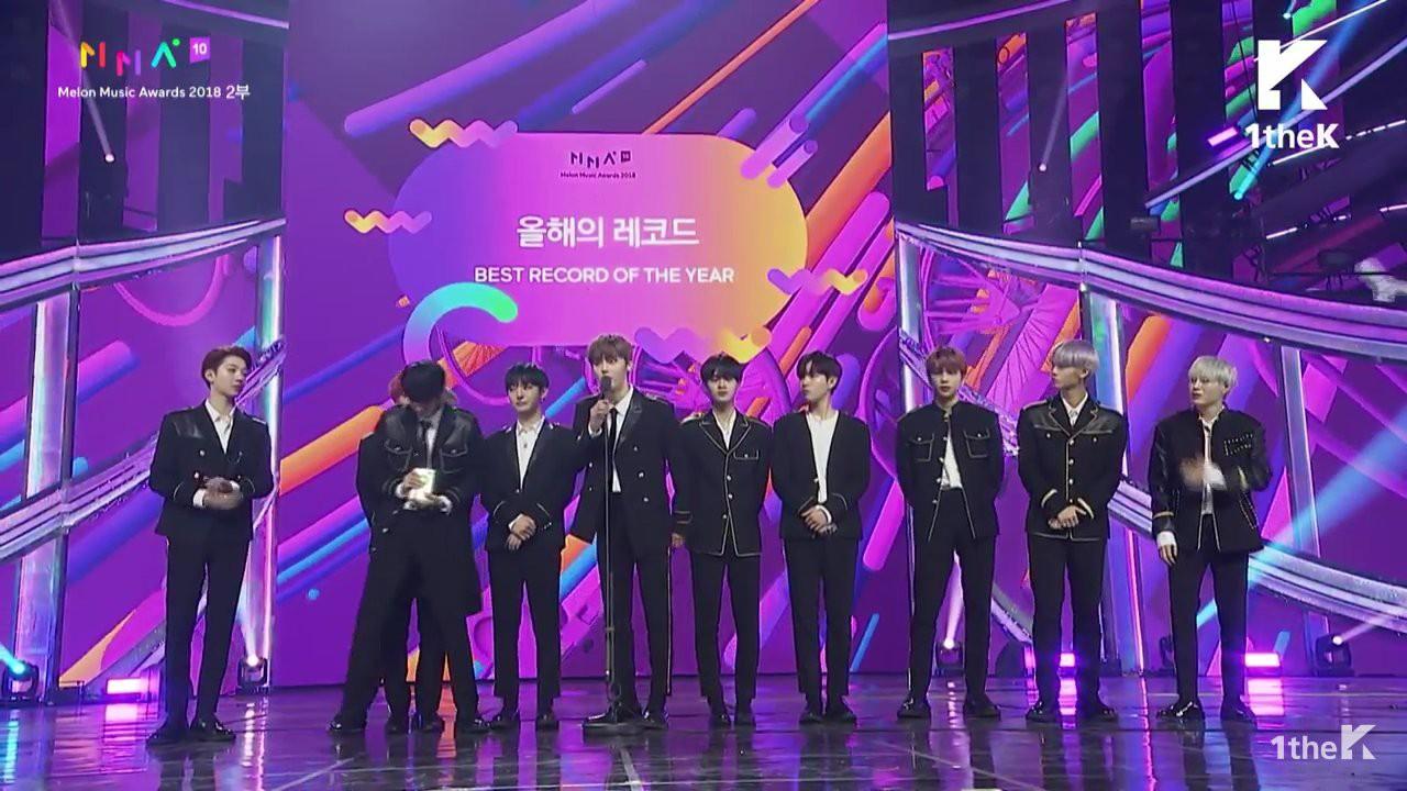 """MelOn Music Awards 2018: B.I mếu máo, đi không nổi khi iKON thắng Daesang, BTS """"ẵm"""" Daesang """"kép"""" - Ảnh 7."""
