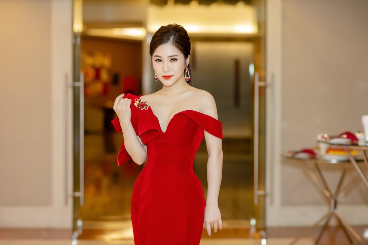Hương Tràm: Tôi khao khát có chị Thu Minh xuất hiện trong liveshow nhưng tới giờ vẫn chỉ là tâm nguyện - Ảnh 1.