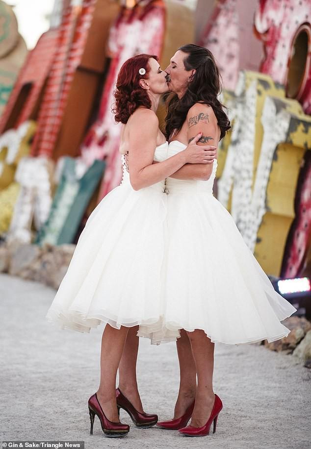Chú rể muốn mặc váy giống vợ mình trong hôn lễ và lời đáp bất ngờ của cô dâu - Ảnh 4.