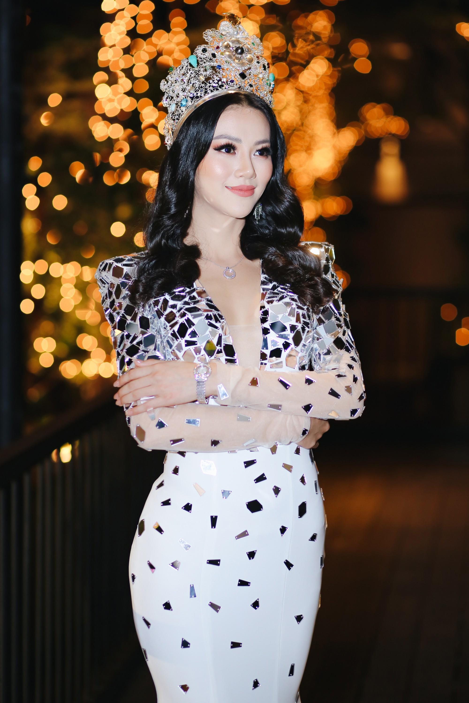 Clip: Hoa hậu Trái đất Phương Khánh bật khóc khẳng định không mua giải, ấm ức khi bị tố ăn cháo đá bát - Ảnh 3.