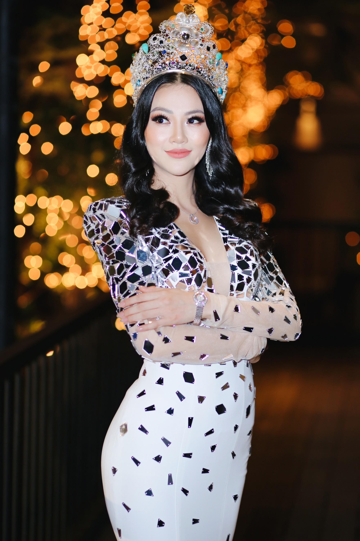 Clip: Hoa hậu Trái đất Phương Khánh bật khóc khẳng định không mua giải, ấm ức khi bị tố ăn cháo đá bát - Ảnh 4.
