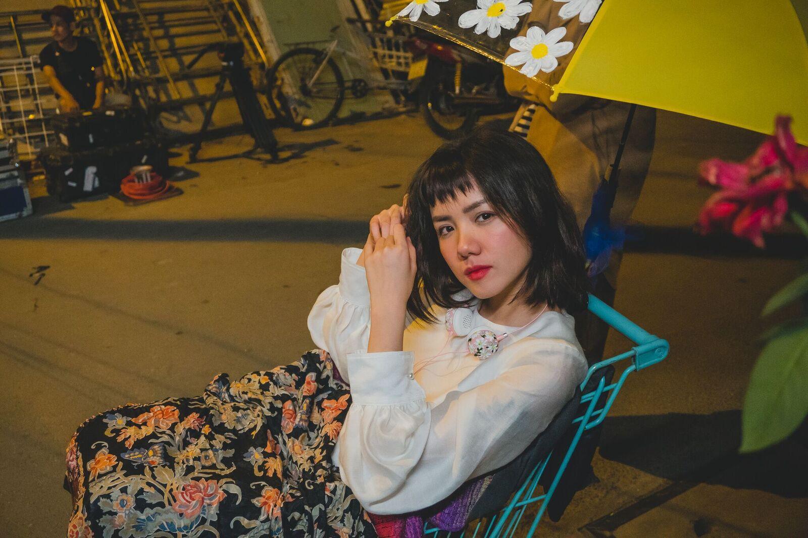 """Phương Ly - hành trình thoát mác """"hotgirl, """"em gái Phương Linh tới nữ ca sĩ ra bài nào hit bài đó - Ảnh 6."""