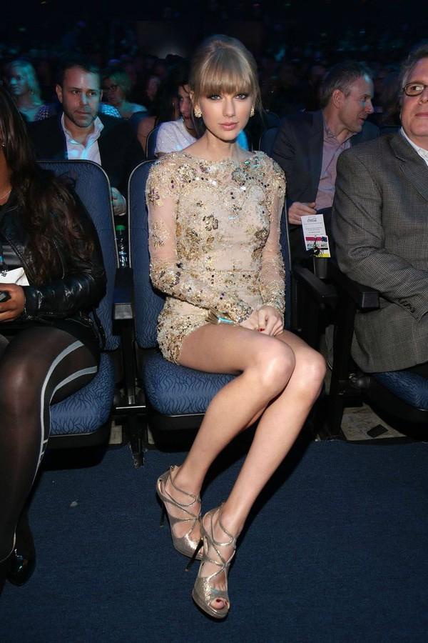 Mỹ nhân Hollywood và những đôi chân cực phẩm vừa dài vừa nuột nà như búp bê thật sự - Ảnh 25.