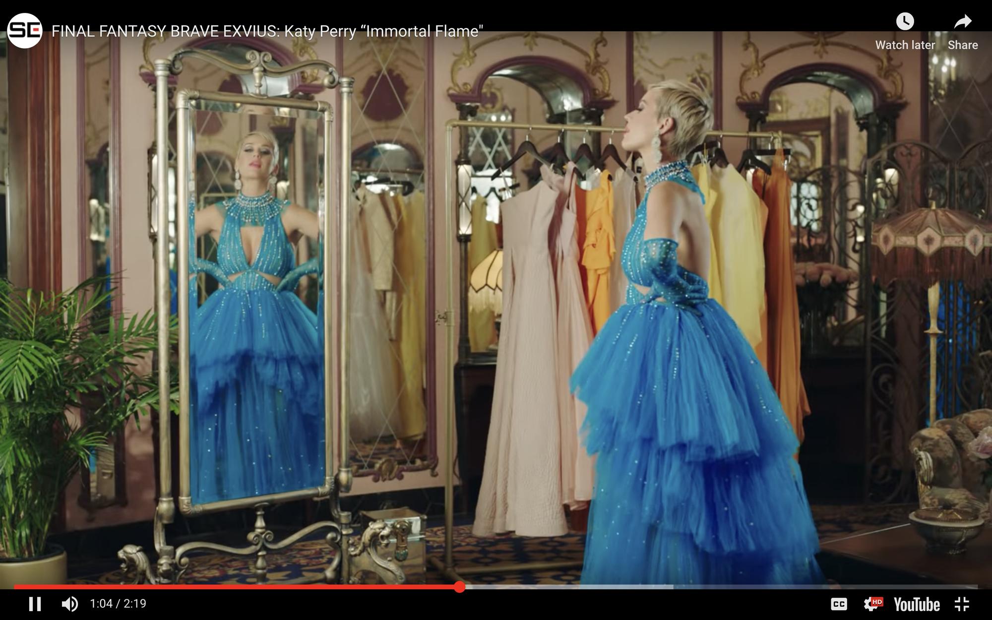 Mặc đi diễn đã thành thường lệ, giờ đây Katy Perry còn diện hẳn thiết kế Công Trí trong MV mới nhất - Ảnh 1.