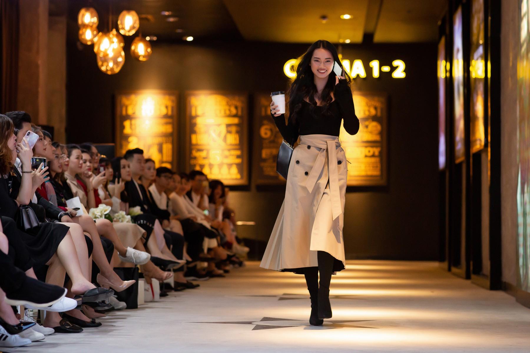 Dàn sao Gái Già Lắm Chiêu 2 bất ngờ gây náo loạn sàn catwalk, chinh phục công chúng bằng BTS ấn tượng của Lâm Gia Khang - Ảnh 7.