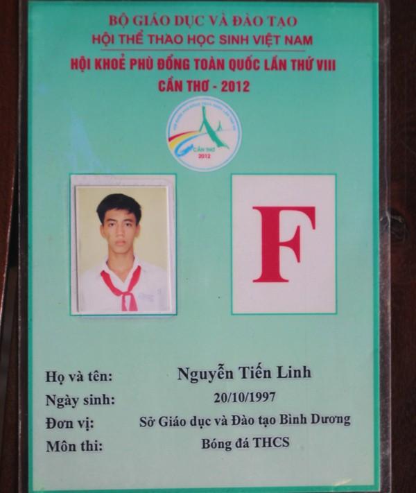 """Bố cầu thủ Tiến Linh: """"Lúc con thi đấu, tôi phải ra trông xe cho khách"""" - Ảnh 5."""