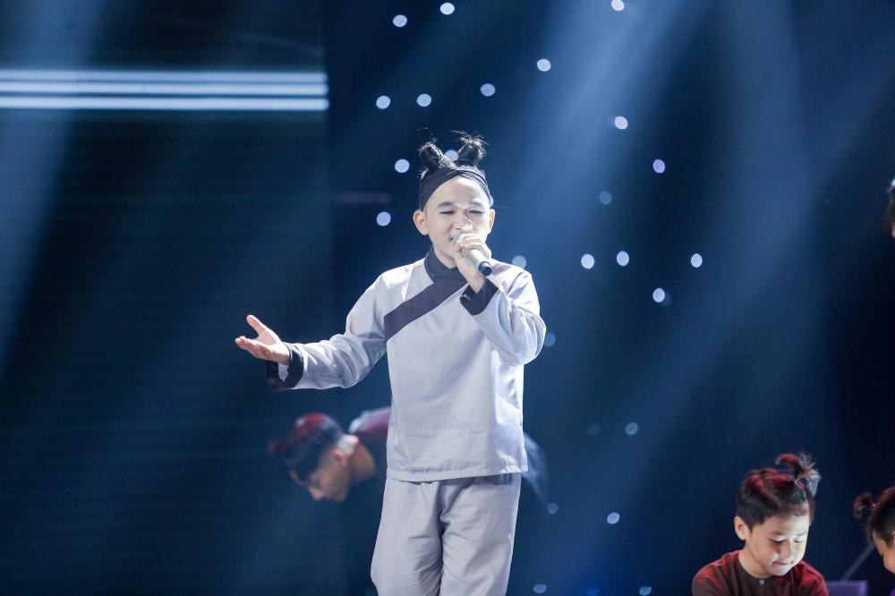 Giọng hát Việt nhí: Xuất hiện bản Mashup HongKong1 - Thằng điên khiến Soobin Hoàng Sơn bối rối - Ảnh 13.